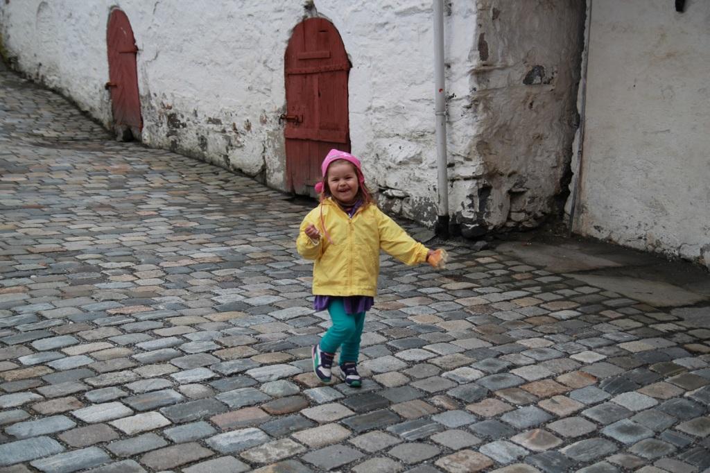 Lykken er et barn som er glad! Foto: Lena Borge